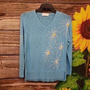 Victoria long sleeve pullover blue/ white  sweater